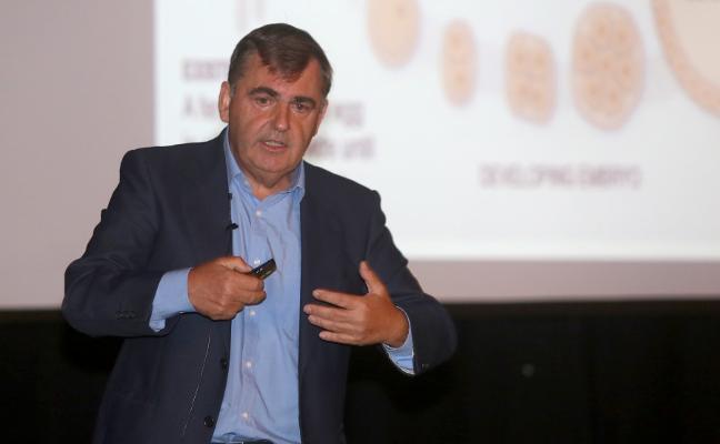 Francisco Vizoso explica hoy en el Aula de Cultura la investigación en células madre