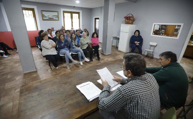 «El barrio se nos está cayendo», alerta la asociación vecinal de Rioturbio