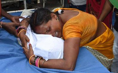 Mueren más de 100 niños por un brote de encefalitis en India