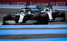 Hamilton y Bottas amenazan con otro fin de semana de dominio