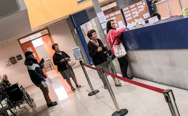 Los médicos alertan de que las consultas estarán «bajo mínimos» todo el verano en Asturias