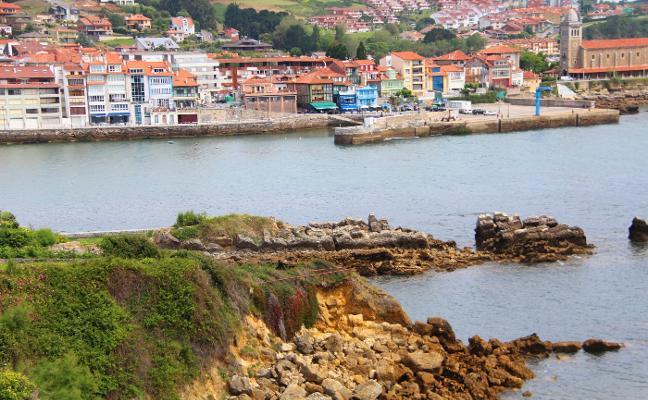Los vecinos de Samarincha alertan de que sus viviendas corren peligro