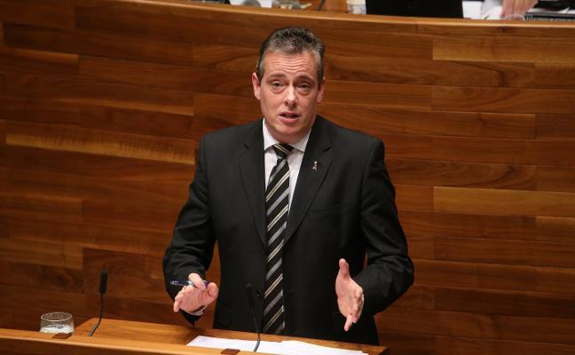 La Junta echa a andar una legislatura que obliga a pactos a varias bandas para gobernar