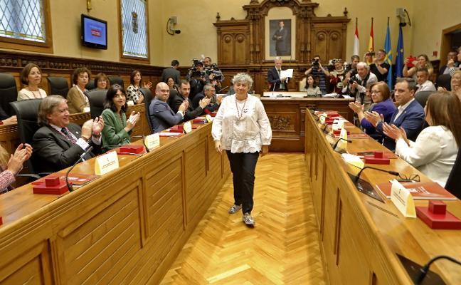 El PSOE ofrece un sueldo más a los grupos con tres concejales en busca de consenso en Gijón