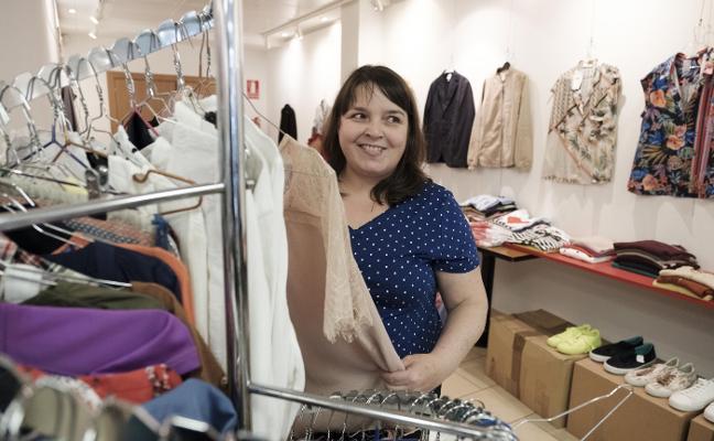 Productos de calidad desde 50 céntimos para ayudar a los asturianos con ELA