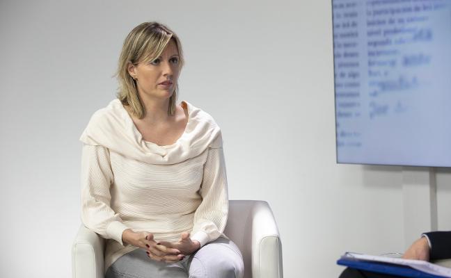 La regidora pongueta, Marta Alonso, sube su liberación y la de su teniente de alcalde al 75%