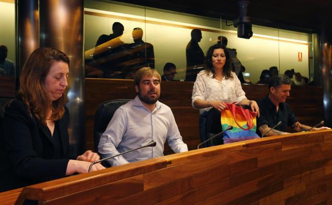 La bronca de Podemos y PSOE y el adiós de Vázquez siembran dudas sobre la gobernabilidad