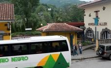 Los usuarios, «hasta el gorro» después de tres días sin trenes desde Moreda