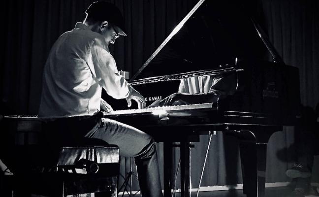 «Decidí dejar la informática por el piano para emocionar»