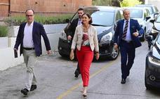 Maroto pide «unidad de acción» a los sindicatos para resolver la crisis de Alcoa