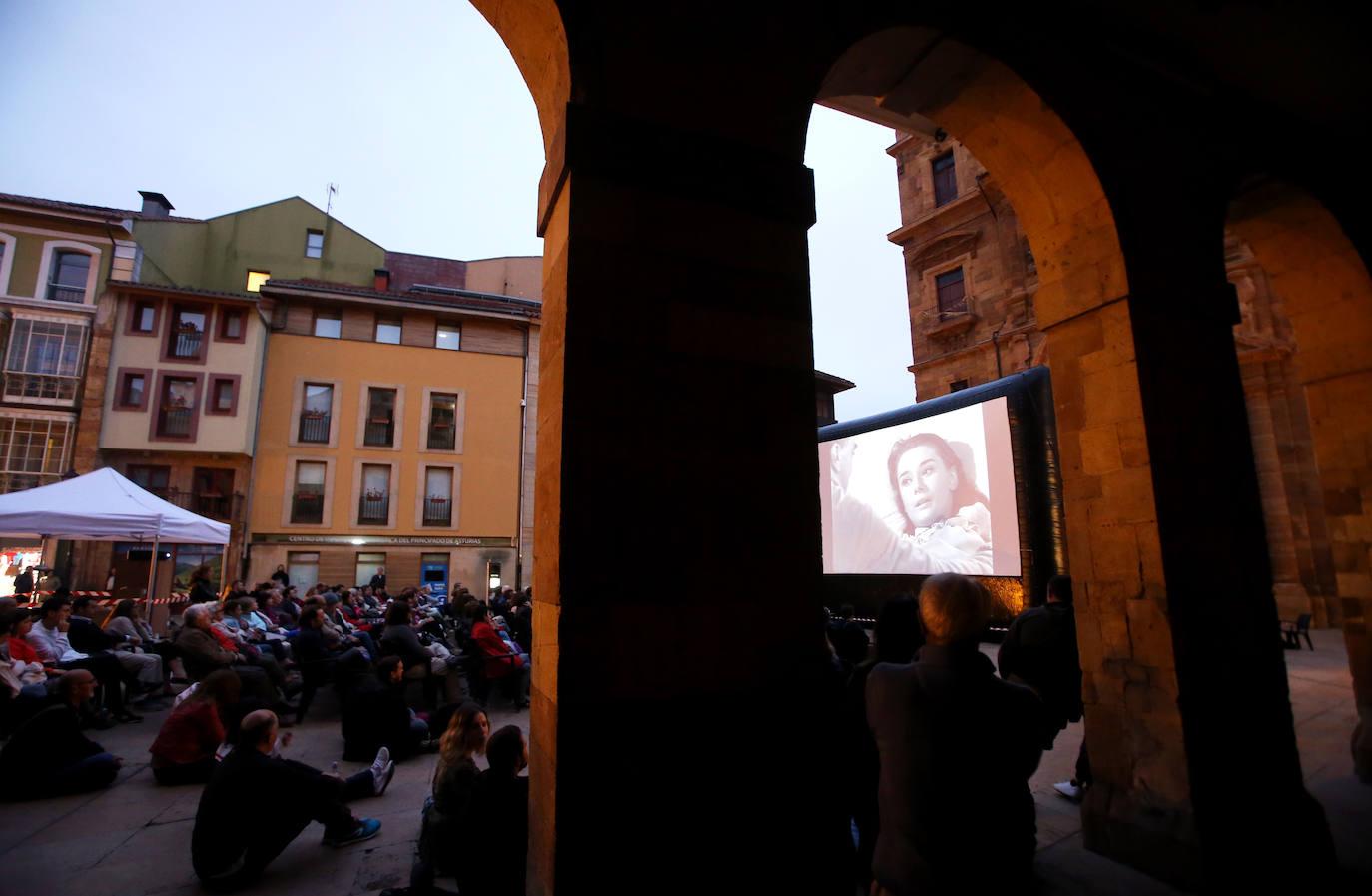 Oviedo lleva el cine a la calle en verano