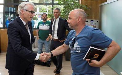 «Objetivo cumplido» para una oportunidad de futuro en Alcoa, según los sindicatos
