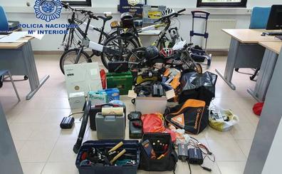 Detenido por numerosos robos con fuerza en garajes y trasteros de Oviedo y Lugones