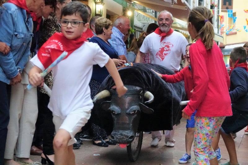 Infiesto corre en los primeros encierros de San Fermín
