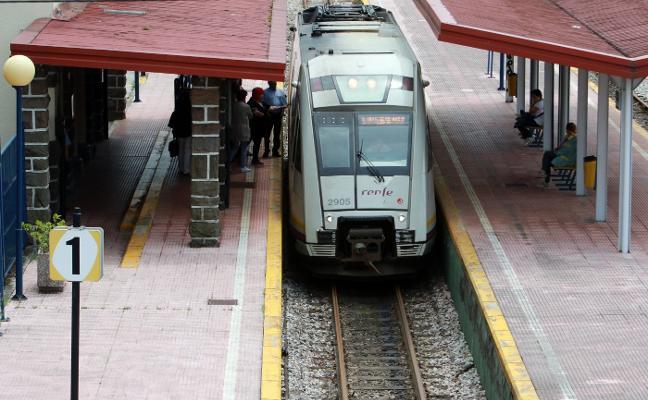 Renfe prevé renovar los trenes de la línea de Collanzo en dos años