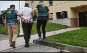 Cuatro detenidos por la agresión a dos jóvenes en las fiestas de Piedras Blancas