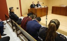 Quedan en libertad provisional los cuatro investigados por la agresión a Germán que permanecían en prisión