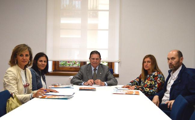 Canteli se reúne con Cocemfe Asturias