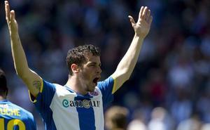 Álvaro Vázquez jugará en el Sporting