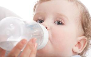 La leche infantil procesada «puede no cubrir las necesidades del recién nacido»