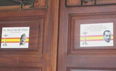 Franco y Primo de Rivera, en el Ayuntamiento de Tapia de Casariego