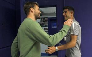 Real Oviedo | Puerta abierta para entradas y salidas