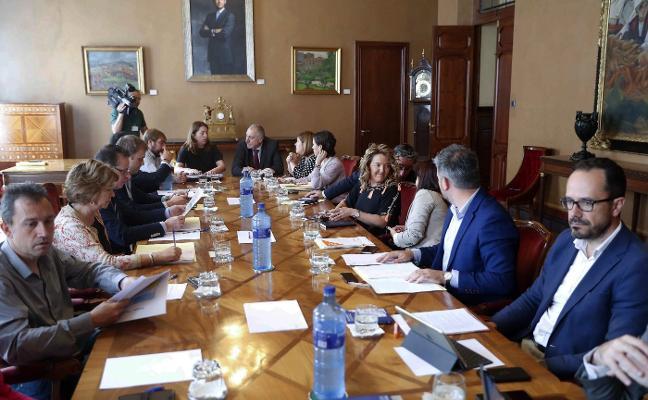Los diputados asturianos tendrán 'paro' tras abandonar el escaño