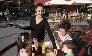 El sector turístico asturiano, «al límite» por la falta de mano de obra en plena temporada alta