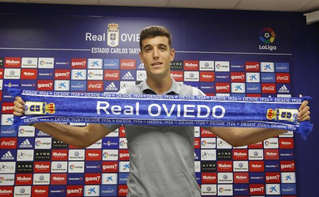«Tenía varias ofertas, pero el Real Oviedo me motiva mucho»