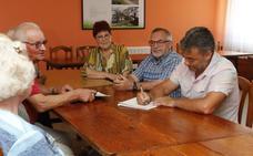 Las parroquias rurales demandan semáforos, autobuses y pasos a nivel