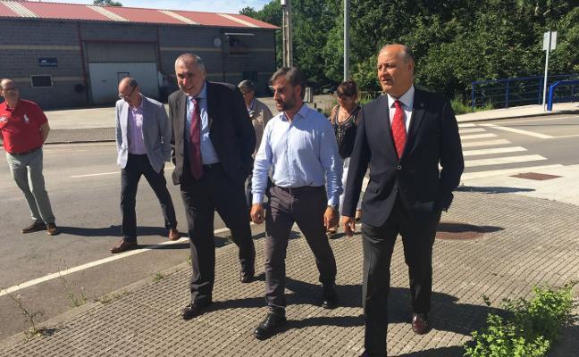 El Principado destina 358.000 euros al ensanche de la carretera a Santolaya
