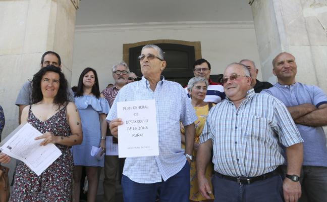 Colectivos y alcaldes de barrio de Siero impulsan un plan para la zona rural