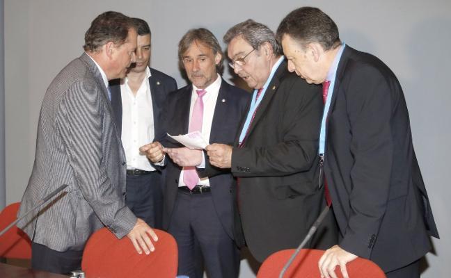 El grado de Deporte costaría un millón en Mieres y diez en otra sede, apunta el rector