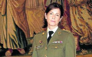 Una mujer general