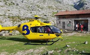 Evacuado en helicóptero un montañero desorientado y deshidratado en Amieva