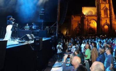 Oviedo descarta los conciertos de San Mateo en la plaza de la Catedral