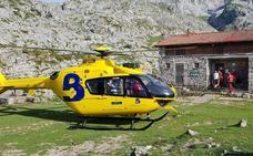 Un montañero desorientado es evacuado en helicóptero en Amieva