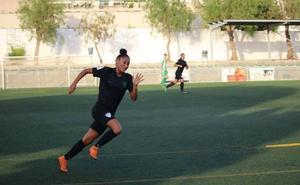La colombiana Luisa Vertel completa el ataque del Real Oviedo