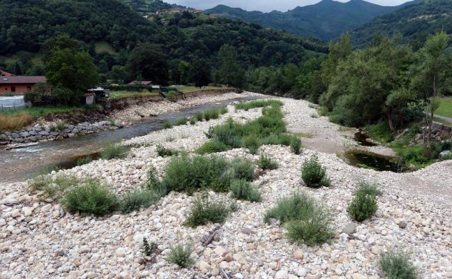 La Chalana busca recuperar su esencia como playa fluvial y cuna del Descenso
