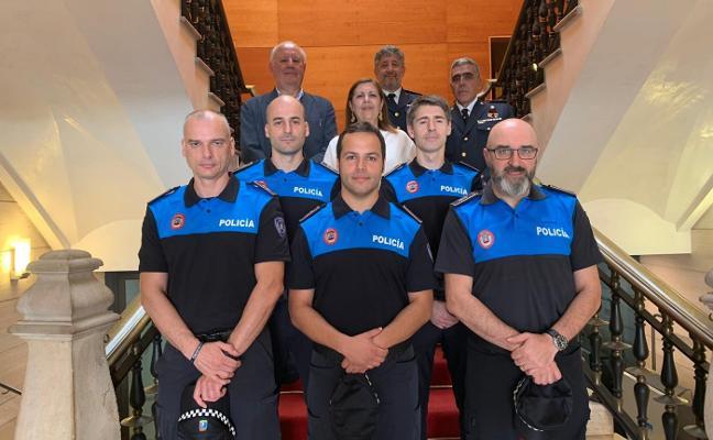 La Policía Local de Gijón suma cinco nuevos agentes