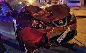 Una herida en un choque entre dos coches en la avenida Príncipe de Asturias de Gijón
