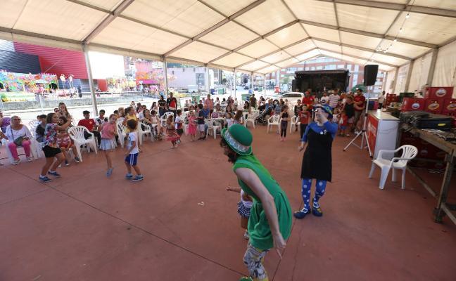 Las Vegas cierra sus fiestas con verbena y fuegos artificiales