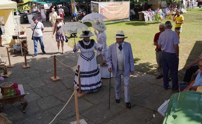 La Feria de Indianos se despide de Colombres