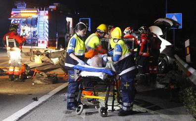 La Guardia Civil investiga si el conductor iba ebrio o drogado