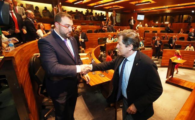 Adrián Barbón: «Prometo gobernar sin miedo y sin dejarme ahogar por la vieja Asturias»