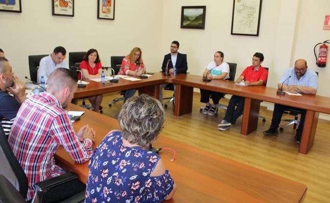 Tapia incrementa en 33.000 euros el gasto en sueldos de la Corporación