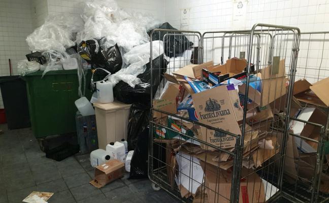 Burger King pide la rebaja de su renta ante la falta de limpieza del centro comercial Modoo en Oviedo