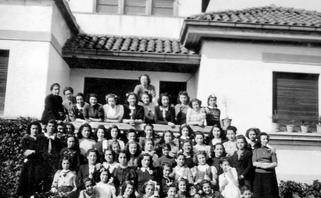 Muere María Teresa Menéndez Rugarcía, referente de la enseñanza de la posguerra