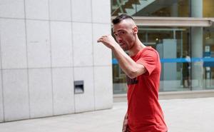 La Fiscalía pide la retirada del carné de conducir para el joven que empotró su coche contra la fuente de Cuatro Caños