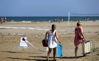 Gran movilización de los servicios de emergencia para rescatar a un bañista que apareció en un club de alterne